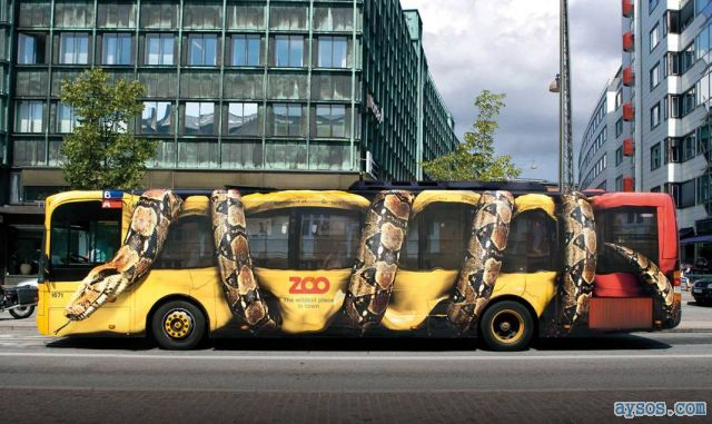 Amazing Zoo bus painting