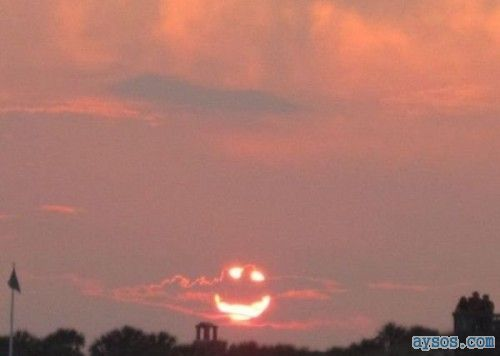 Cool picture of a happy sunset