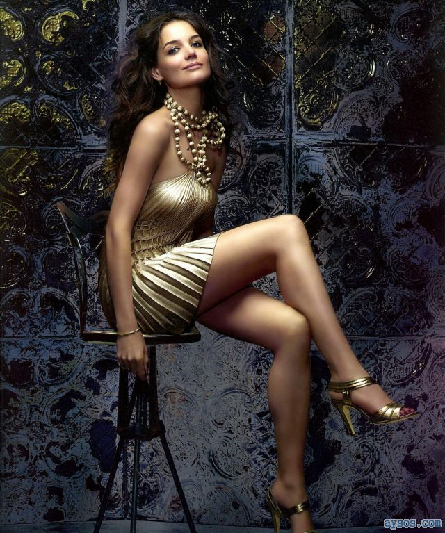 Katie Holmes has very long legs