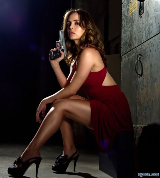 Eliza Dushku sexy red dress