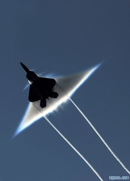 Cool F-22 Fighter Picture