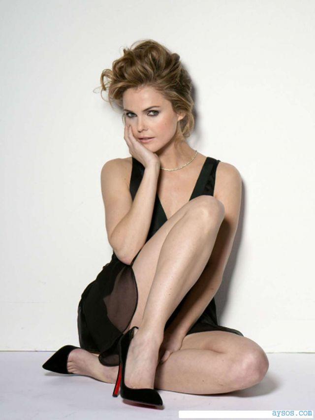 Keri Russell Legs and Heels